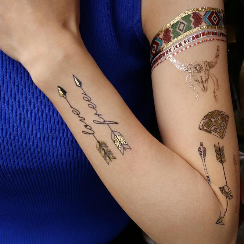 foto de Tatouage ephemere bracelet attrape reve lune fleche indien