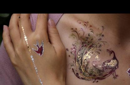 Tattoo paon cygne fleur