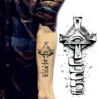 Tattoo croix Lucky