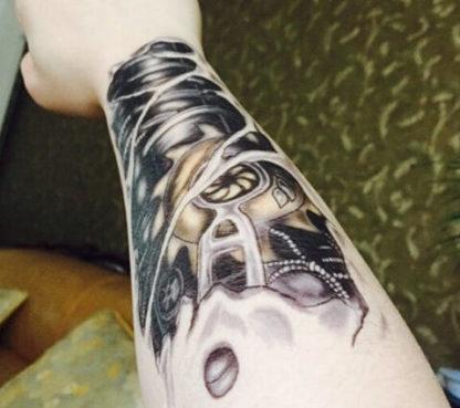 Tattoo biomecanique