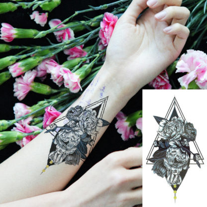 Faux tatouage fleur et geometrie