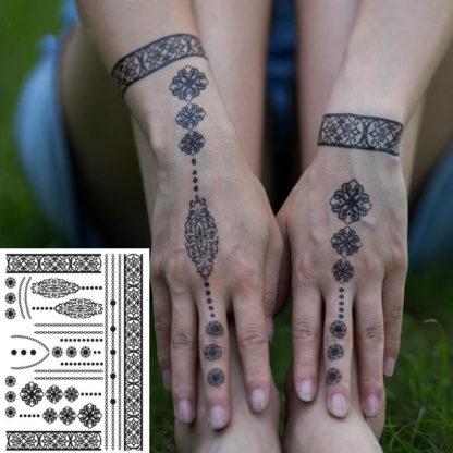 Faux tatouage ruban fleuri