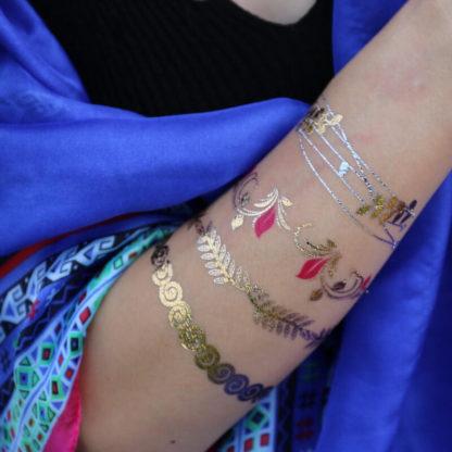 Tattoo dentelle doré et bracelet rose