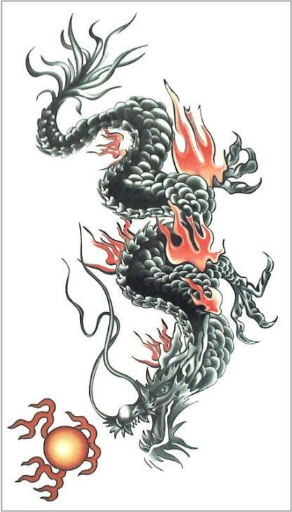 Tattoo dragon flamme