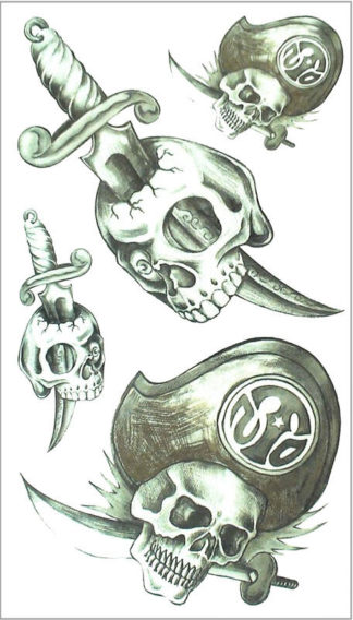 Tattoo tete de mort pirate