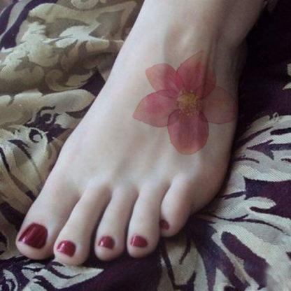 Tatouage artificiel fleur rose petale