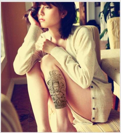 Tattoo bouddha bras