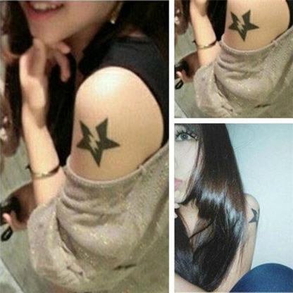 Faux tatouage etoile