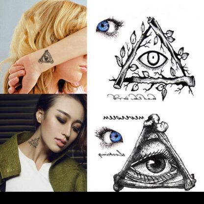 Tattoo oeil triangle