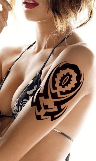 Tatouage provisoire tribal brain